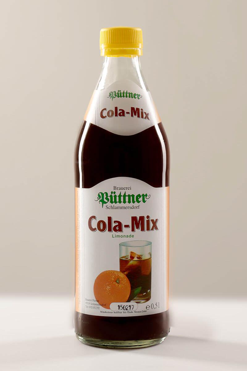 Cola-Mix der Püttner Bräu, abgefüllt in Glasflaschen